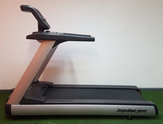 Impulse RT500 Treadmill e1524570281769 - Máy chạy bộ Impulse RT500