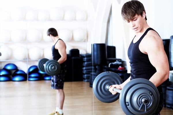 Thể hình cho người mới tập gym dễ theo