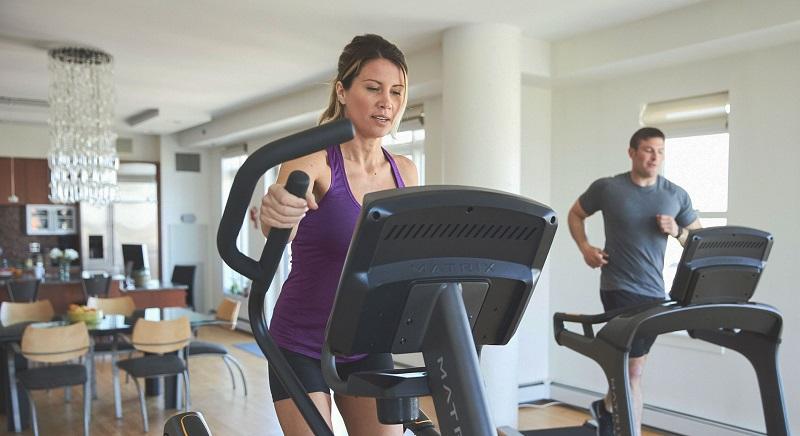 Dụng cụ gym 2 - Những thiết bị tại phòng gym: Nguy cơ tiềm ẩn với sức khỏe con người