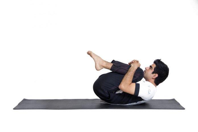 the duc 5 696x464 - 15 bài tập thể dục buổi sáng giúp bạn bật tung năng lượng ngày mới