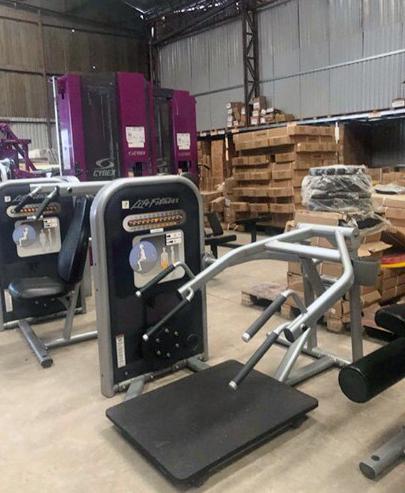 fd9735f11c17f849a106 - Bộ combo 8 máy Life Fitness